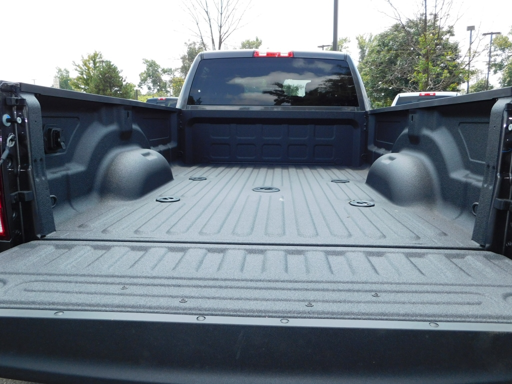2018 Ram 3500 Crew Cab DRW 4x4,  Pickup #JG305420 - photo 6