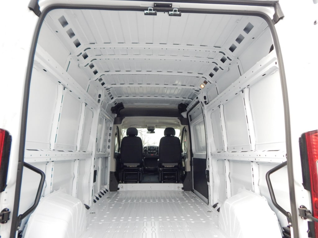 2019 ProMaster 2500 High Roof FWD,  Empty Cargo Van #KE503399 - photo 2