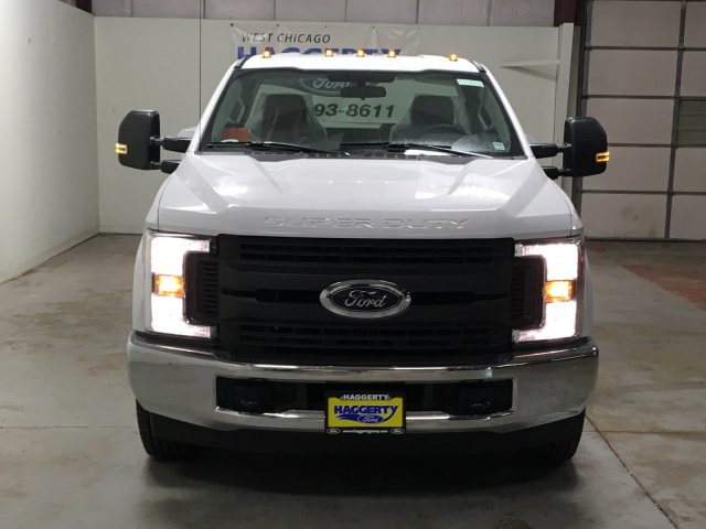 2019 F-350 Regular Cab DRW 4x2,  Reading Service Body #80732 - photo 4