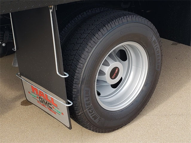 2020 GMC Sierra 3500 Crew Cab 4x4, CM Truck Beds Platform Body #G201041 - photo 5