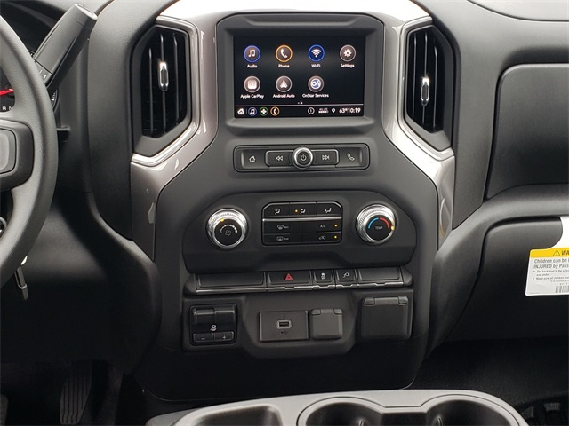 2020 GMC Sierra 3500 Crew Cab 4x4, CM Truck Beds RD Model Platform Body #G201046 - photo 11