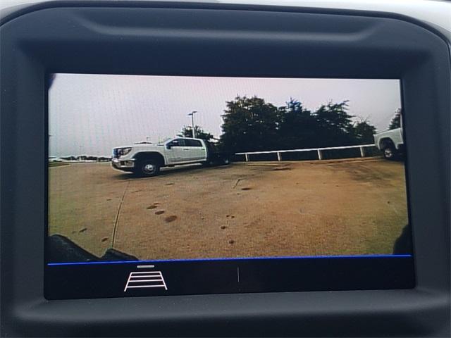 2020 GMC Sierra 3500 Crew Cab 4x4, CM Truck Beds RD Model Platform Body #G201046 - photo 13