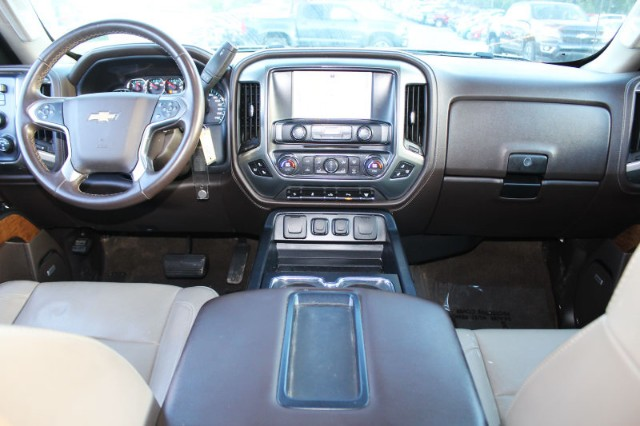 2015 Silverado 3500 Crew Cab 4x4,  Pickup #P12579 - photo 21