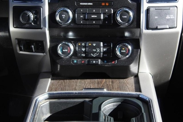 2020 Ford F-250 Crew Cab 4x4, Pickup #P13814 - photo 23