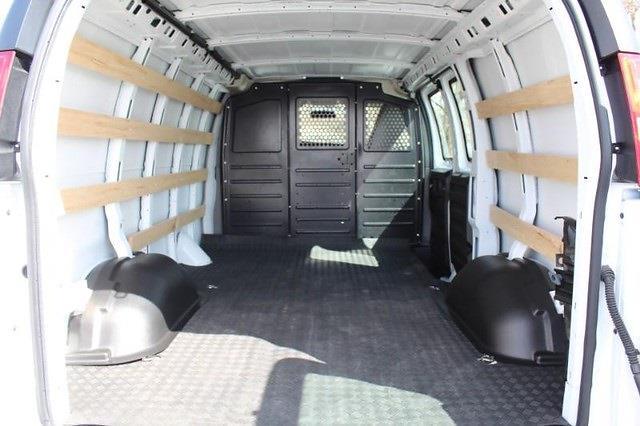 2020 Chevrolet Express 2500 4x2, Empty Cargo Van #P13965 - photo 2