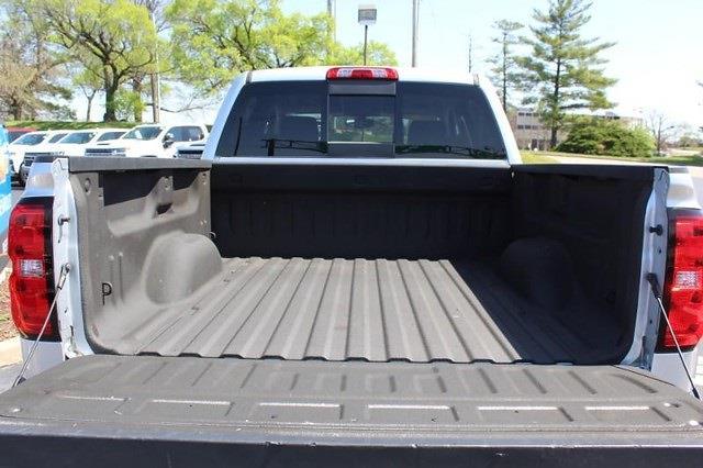 2017 Chevrolet Silverado 1500 Crew Cab 4x4, Pickup #P14013 - photo 15