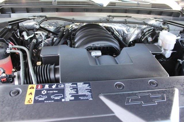 2017 Chevrolet Silverado 1500 Crew Cab 4x4, Pickup #P14013 - photo 17