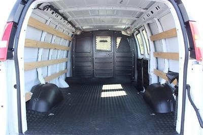 2019 GMC Savana 2500 4x2, Empty Cargo Van #P14056 - photo 2