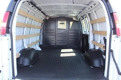 2019 GMC Savana 2500 4x2, Empty Cargo Van #P14058 - photo 2