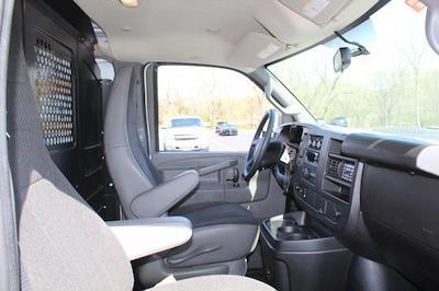 2019 GMC Savana 2500 4x2, Empty Cargo Van #P14058 - photo 16