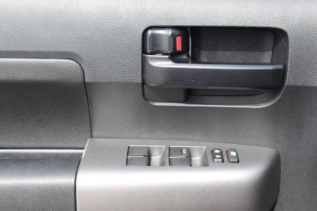 2013 Toyota Tundra Crew Cab 4x4, Pickup #P14169 - photo 20