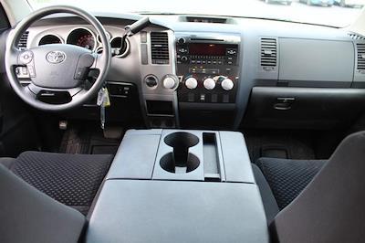 2013 Toyota Tundra Crew Cab 4x4, Pickup #P14169 - photo 9
