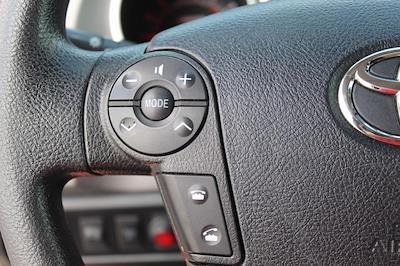 2013 Toyota Tundra Crew Cab 4x4, Pickup #P14169 - photo 4