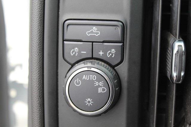 2020 Chevrolet Silverado 1500 Regular Cab 4x2, Pickup #P14214 - photo 9