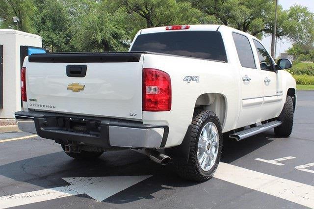 2012 Chevrolet Silverado 1500 Crew Cab 4x4, Pickup #P14308 - photo 2
