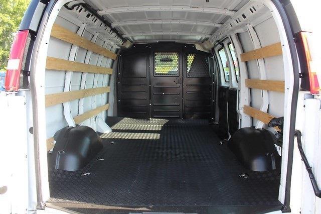2019 Savana 2500 4x2,  Empty Cargo Van #P14405 - photo 2
