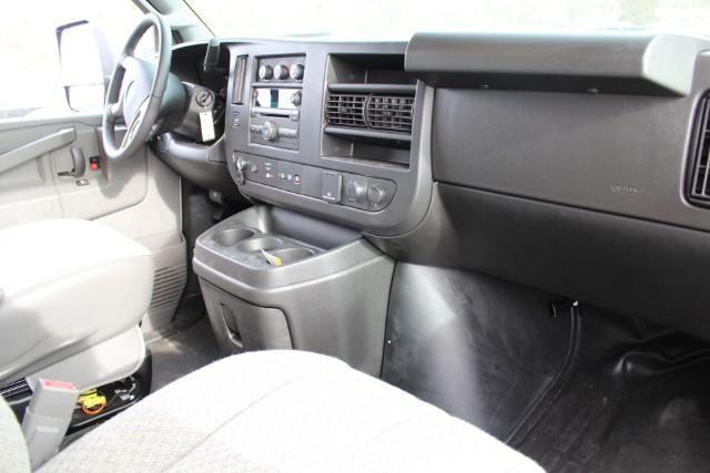 2019 Express 3500 RWD, Supreme Iner-City Cutaway Van #T11140 - photo 5