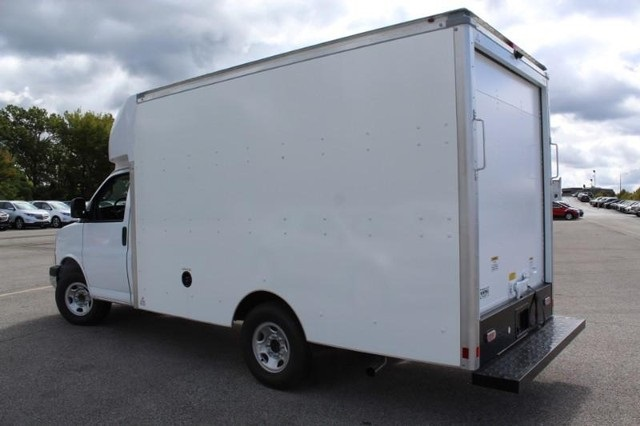 2020 Chevrolet Express 3500 4x2, Supreme Spartan Cargo Cutaway Van #T12379 - photo 4