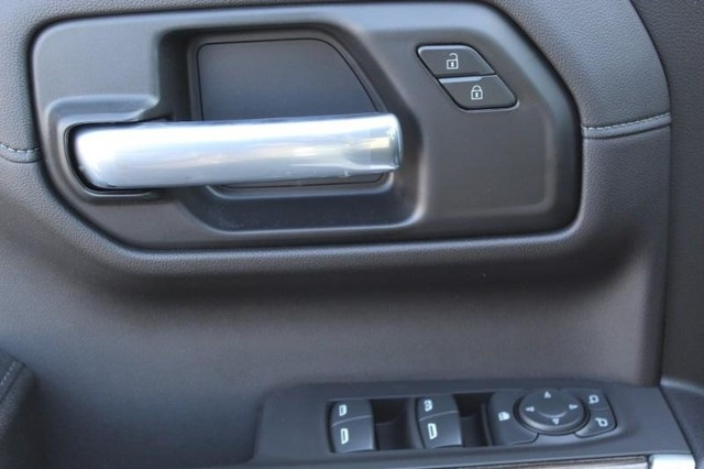 2021 Chevrolet Silverado 1500 Crew Cab 4x4, Pickup #T12852 - photo 15