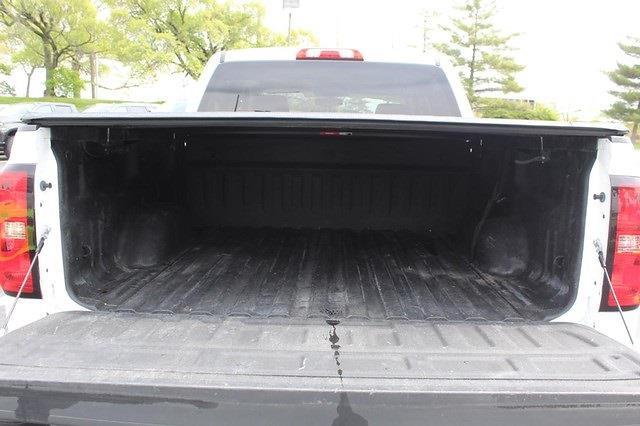 2014 Chevrolet Silverado 1500 Crew Cab 4x4, Pickup #T13277A - photo 11