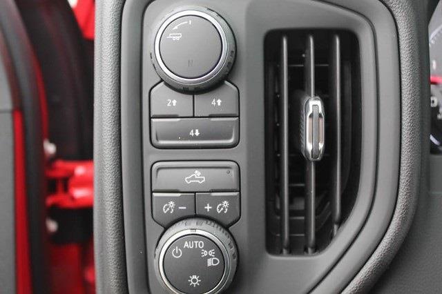 2021 Chevrolet Silverado 3500 Crew Cab 4x4, Knapheide PGNB Gooseneck Platform Body #T13300 - photo 15