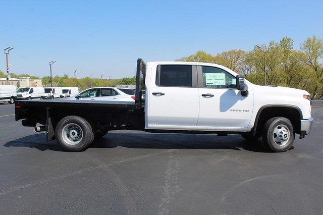 2021 Chevrolet Silverado 3500 Crew Cab 4x4, Knapheide PGNB Gooseneck Platform Body #T13334 - photo 3