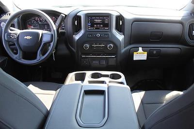 2021 Chevrolet Silverado 3500 Crew Cab 4x4, Knapheide PGNB Gooseneck Platform Body #T13334 - photo 7