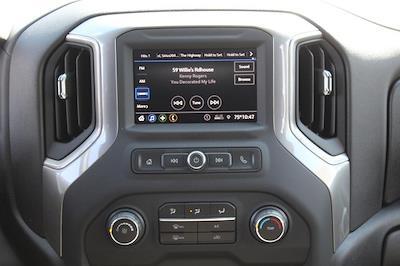 2021 Chevrolet Silverado 3500 Crew Cab 4x4, Knapheide PGNB Gooseneck Platform Body #T13334 - photo 9