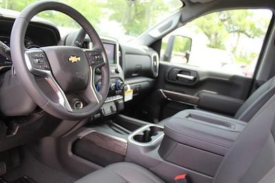 2021 Chevrolet Silverado 2500 Crew Cab 4x4, Pickup #T13367 - photo 17