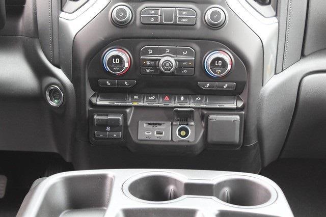 2021 Chevrolet Silverado 1500 Crew Cab 4x4, Pickup #T13386 - photo 10