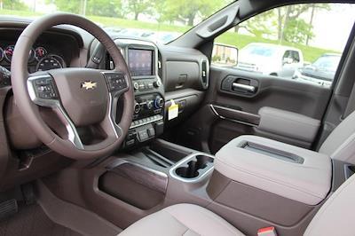 2021 Chevrolet Silverado 1500 Crew Cab 4x4, Pickup #T13405 - photo 17