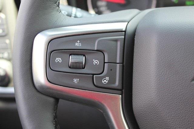 2021 Chevrolet Silverado 1500 Crew Cab 4x4, Pickup #T13606 - photo 18