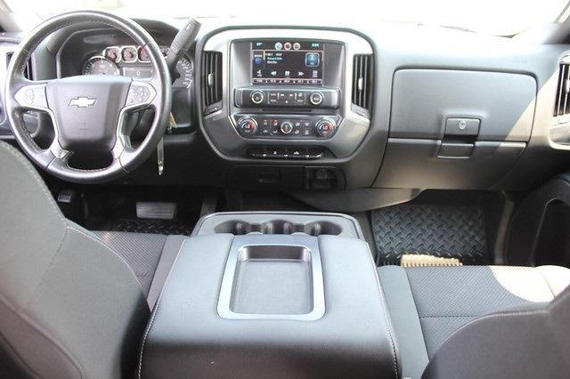 2015 Chevrolet Silverado 2500 Crew Cab 4x4, Pickup #T13609A - photo 17