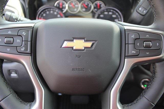 2021 Chevrolet Silverado 1500 Crew Cab 4x4, Pickup #T13621 - photo 20