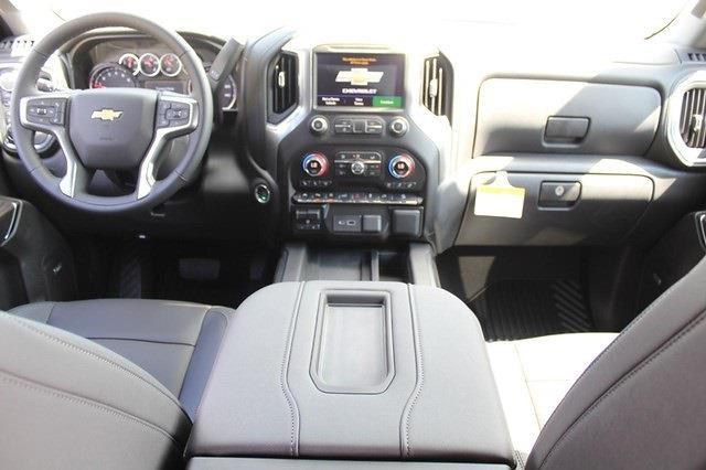 2021 Chevrolet Silverado 1500 Crew Cab 4x4, Pickup #T13621 - photo 7