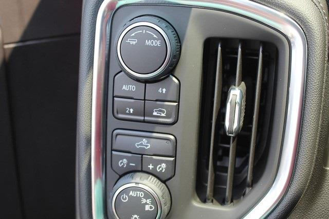 2021 Chevrolet Silverado 1500 Crew Cab 4x4, Pickup #T13646 - photo 13