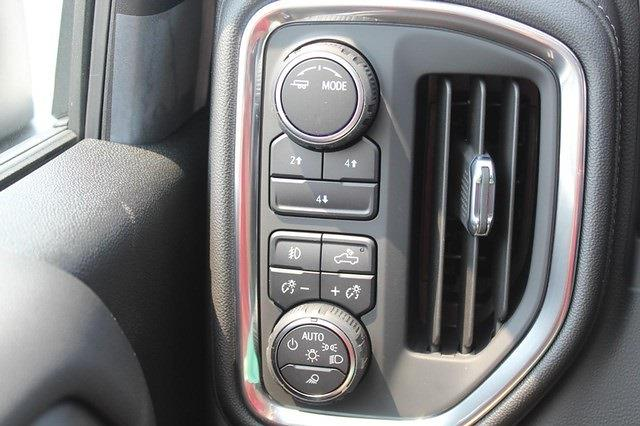 2021 Chevrolet Silverado 3500 Crew Cab 4x4, Pickup #T13651 - photo 12