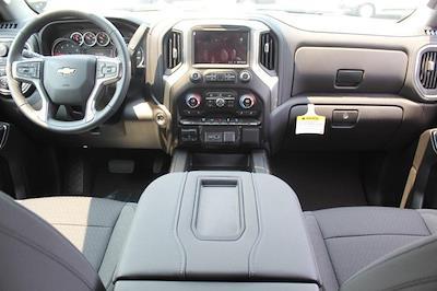 2021 Chevrolet Silverado 3500 Crew Cab 4x4, Pickup #T13651 - photo 5
