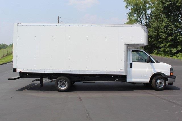 2021 Chevrolet Express 4500 DRW 4x2, Cutaway #T13652 - photo 1