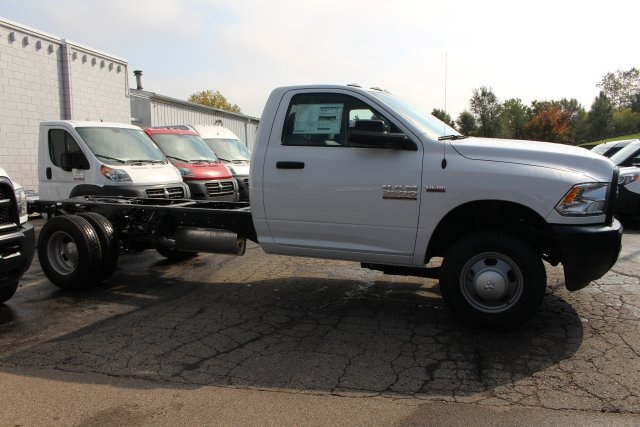 2018 Ram 3500 Regular Cab DRW 4x4,  Cab Chassis #183372 - photo 10