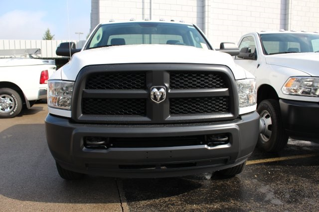 2018 Ram 3500 Regular Cab DRW 4x4,  Cab Chassis #183374 - photo 10