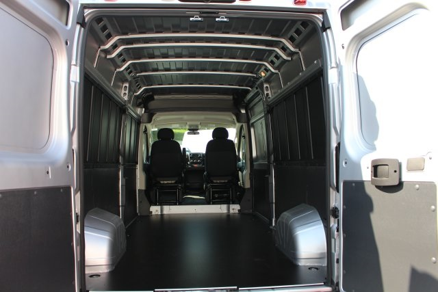 2018 ProMaster 2500 High Roof FWD,  Empty Cargo Van #183381 - photo 2