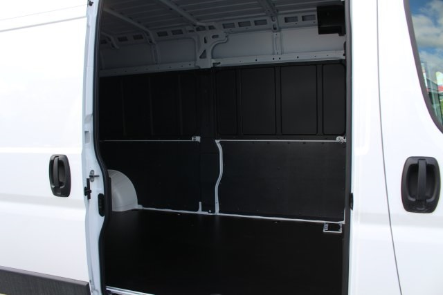 2018 ProMaster 2500 High Roof FWD,  Empty Cargo Van #183409 - photo 5