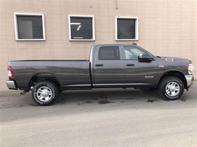 2019 Ram 3500 Crew Cab 4x4, Pickup #R709402 - photo 3