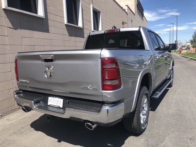 2020 Ram 1500 Crew Cab 4x4, Pickup #R104341 - photo 3