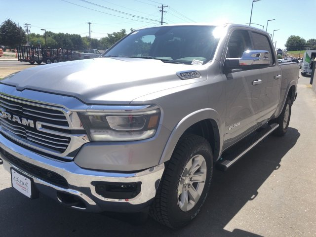 2020 Ram 1500 Crew Cab 4x4, Pickup #R104341 - photo 7