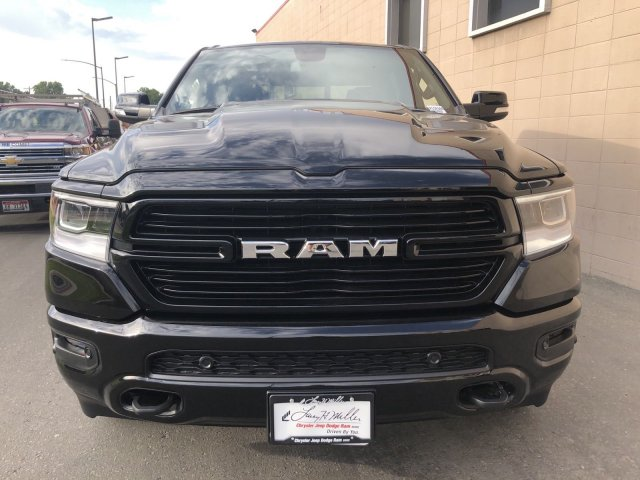 2020 Ram 1500 Crew Cab 4x4, Pickup #R104346 - photo 7