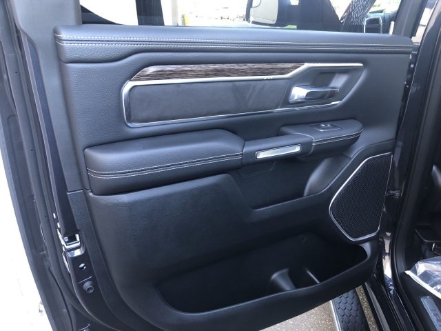 2020 Ram 1500 Crew Cab 4x4, Pickup #R104350 - photo 13