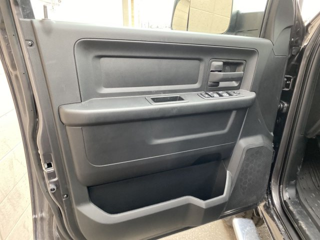 2020 Ram 2500 Crew Cab 4x4, Pickup #R111575 - photo 5