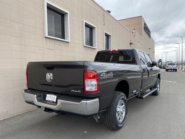 2020 Ram 2500 Crew Cab 4x4, Pickup #R111575 - photo 6